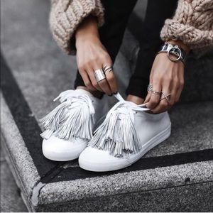 Loeffler Randall Logan Tassel sneakers(US 6)